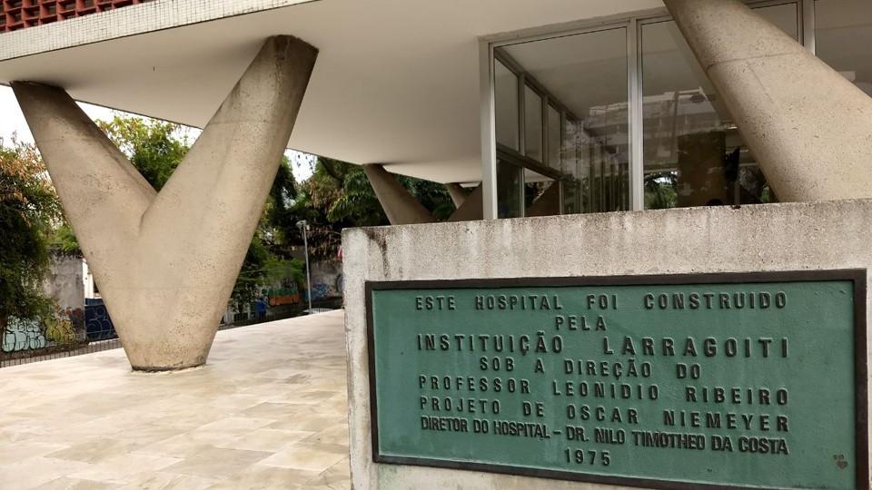 Hospital da Lagoa, de arrojada arquitetura de Oscar Niemeyer.
