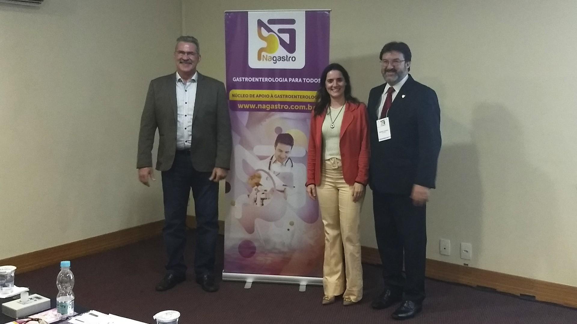 Prof. Tomás Navarro, Profa. Nayara e Sr. Manoel Soares.